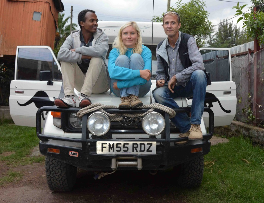 Mesfin, Katana and Jonathan on Troopy